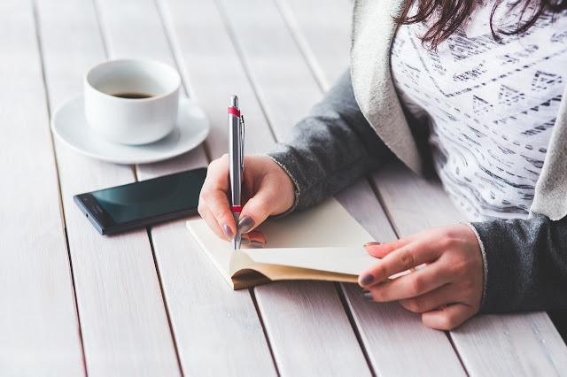 writing - blogl tips for blogging
